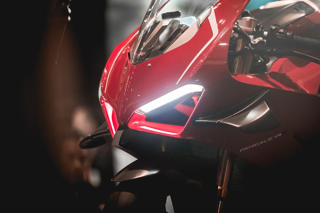 proimages/IN新聞/2019/08/0830_DUCATI_V4R/Panigale_V4R_車頭外觀造型.jpg