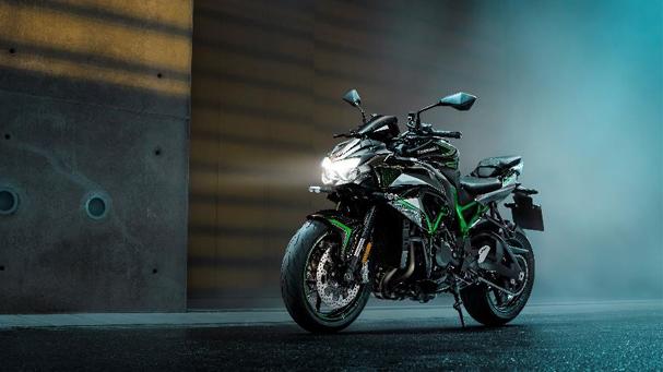 [IN新聞] Kawasaki X PIRELLI盛夏賞車會、Z H2正式售價調降