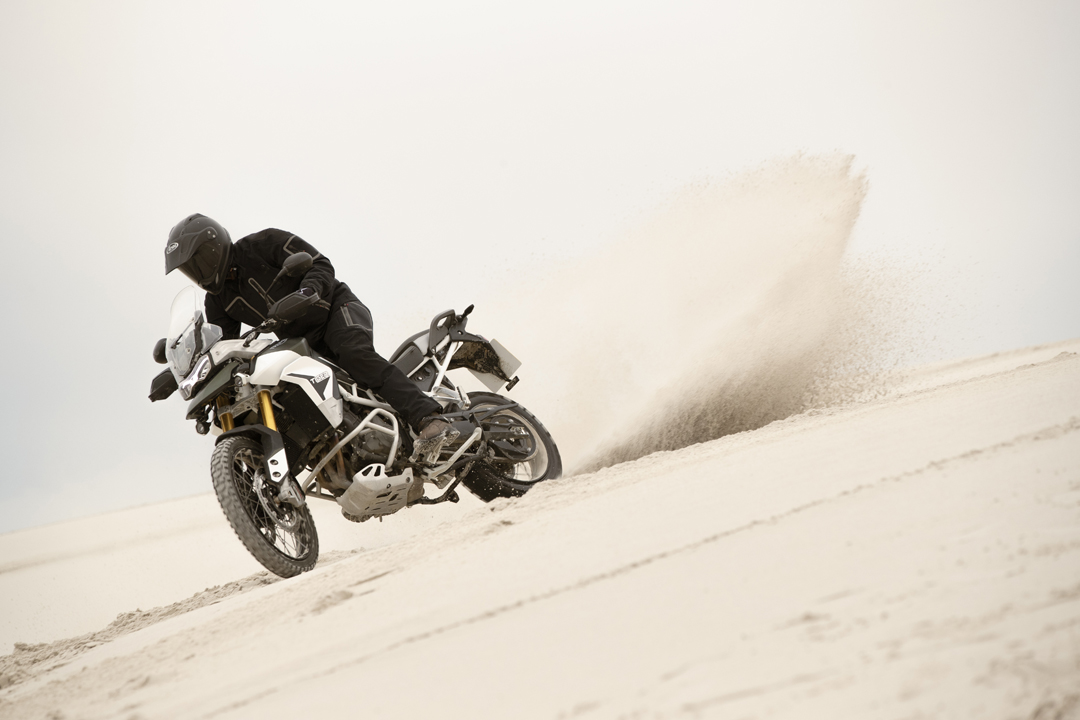 proimages/IN新聞/2020/12/1210_Triumph/tiger-900-rally-pro-3.jpg