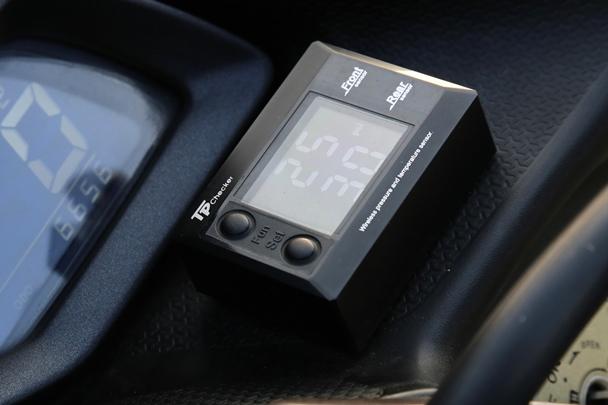 [IN測試]安全守護者-TP Checker無線胎壓偵測器