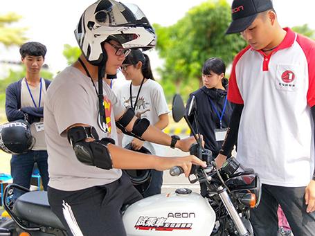 [IN新聞] 宏佳騰第十一屆檔車體驗營 限額報名開跑